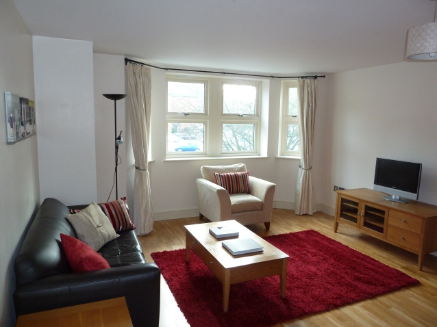 2 Bed 2 Bath Flat To Rent Guildford Town Centre 1 400